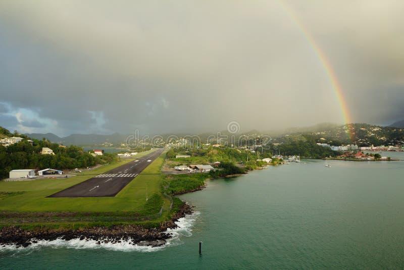 加勒比 海岛露西娅st 在机场的彩虹 免版税库存照片