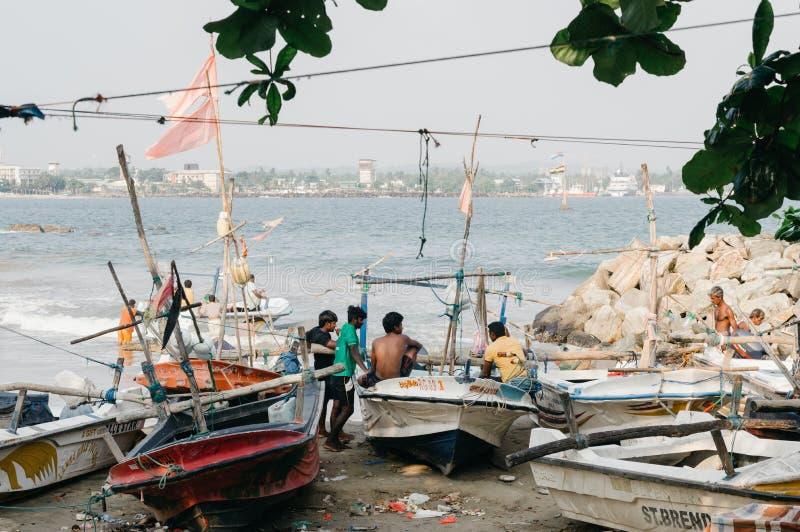 加勒,斯里兰卡 在老被围住的镇旁边的小钓鱼海港 库存照片