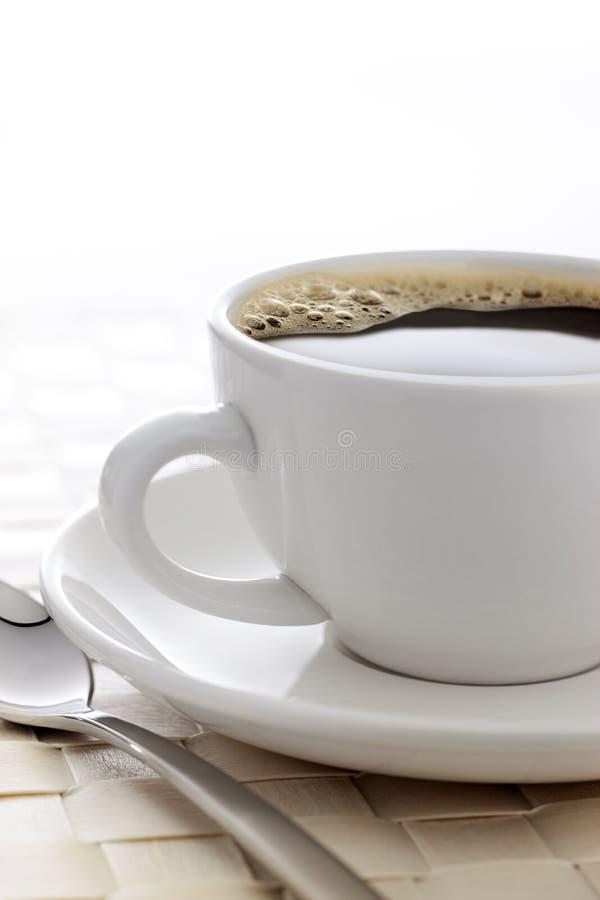加奶咖啡杯背景 免版税库存图片