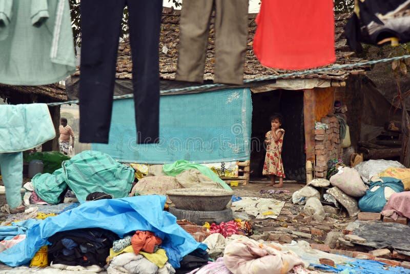 加尔各答的贫民窟女孩 免版税库存图片