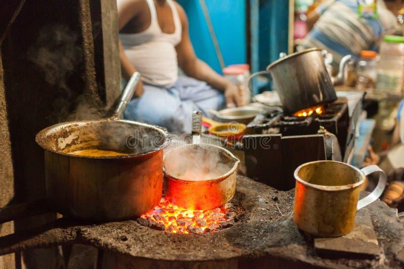 加尔各答街道食品厂家 免版税图库摄影