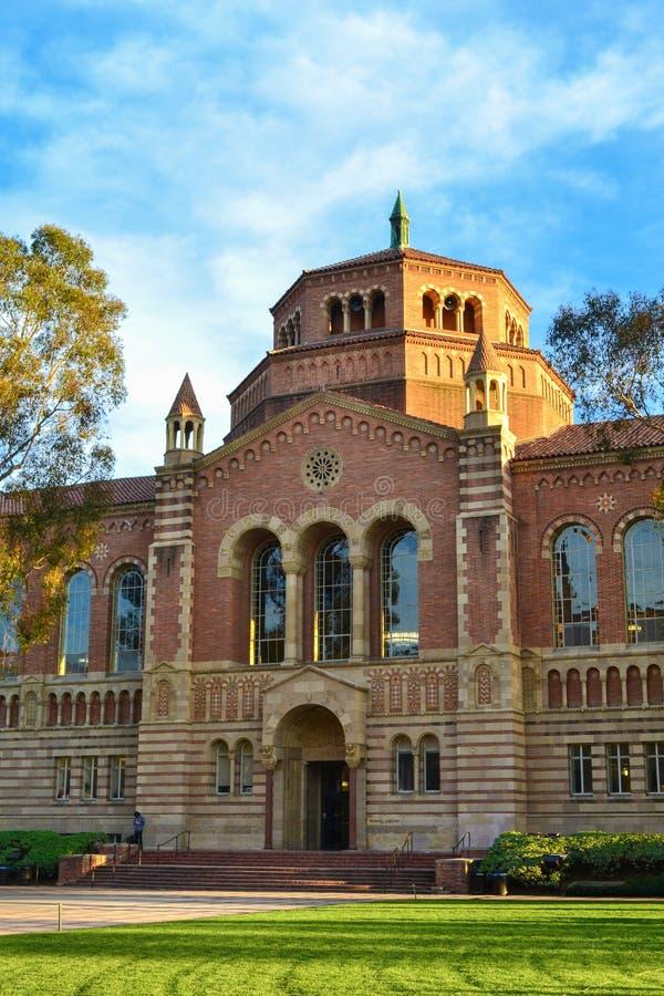 加州大学洛杉矶分校的鲍威尔图书馆 库存图片