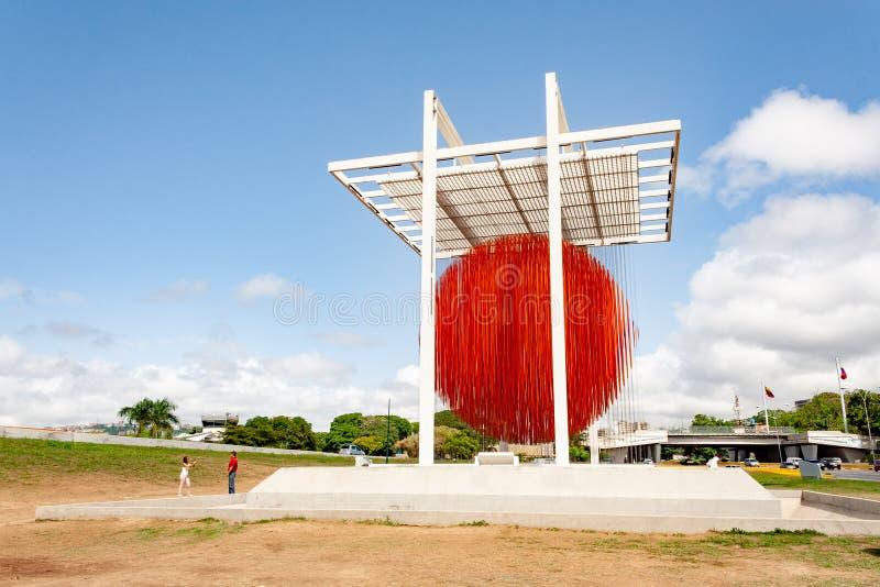 加拉加斯米兰达状态/委内瑞拉07/29/2018球形加拉加斯雕塑耶稣索托社论 库存图片