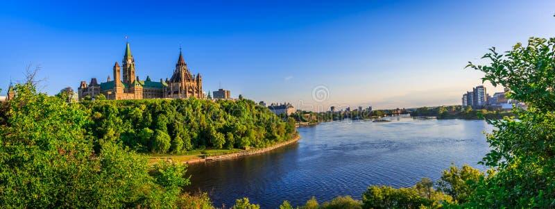 加拿大小山渥太华议会 库存图片