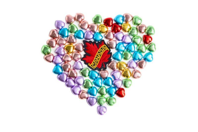 加拿大徽章和心形糖果 免版税库存图片