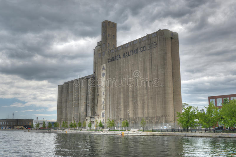 加拿大麦粒发芽筒仓-多伦多,加拿大 免版税库存照片