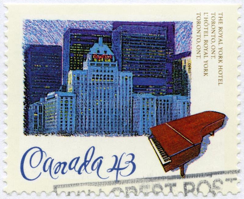 加拿大- 1993年:显示费尔蒙特皇家约克饭店,多伦多,安大略,大别墅Frontenac系列开头  免版税库存图片