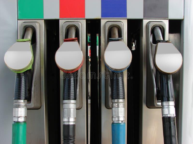 Download 加油站 库存照片. 图片 包括有 污染, 石油, 运输, 无铅, 颜色, 岗位, 行业, 替换物, 刺激 - 15698858