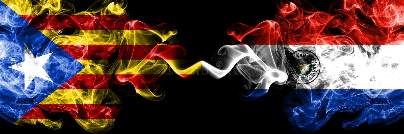 加泰罗尼亚对巴拉圭,肩并肩被安置的巴拉圭烟旗子 加泰罗尼亚和巴拉圭的厚实的色的柔滑的烟旗子, 向量例证