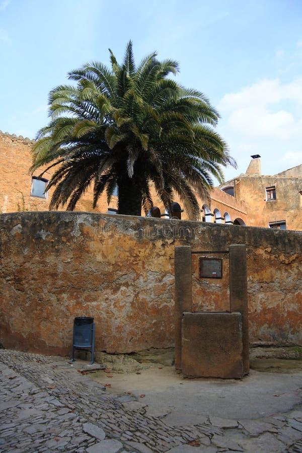 加泰罗尼亚的中世纪村庄 免版税图库摄影