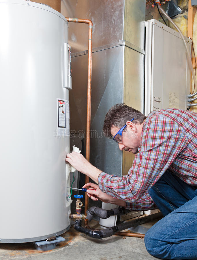 水加热器维护 免版税库存图片