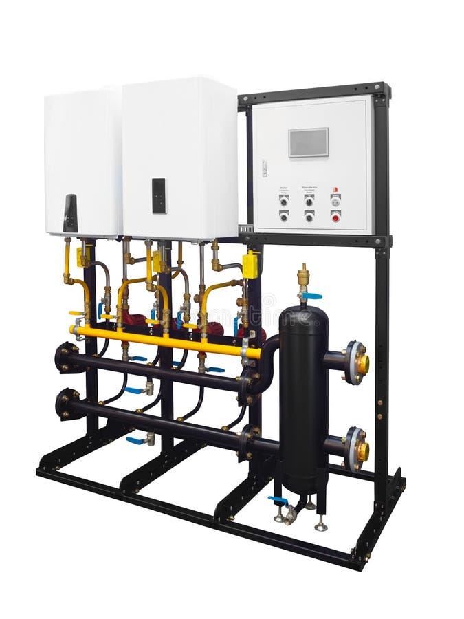 加热的水的现代联合的锅炉室气体电串级系统在白色背景隔绝的房子里 库存照片