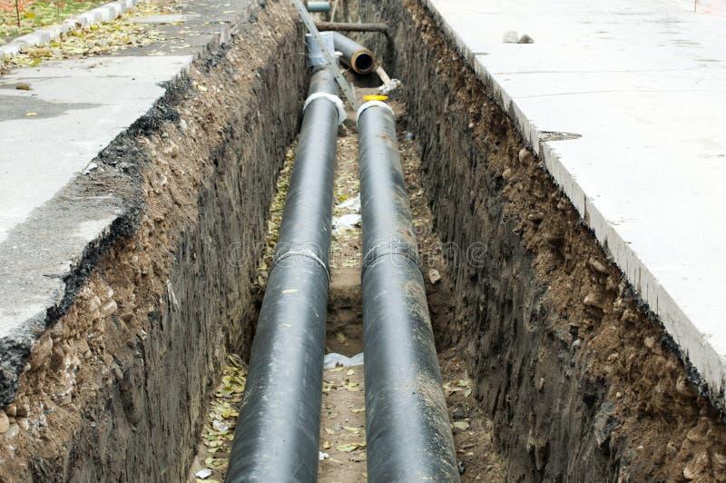加热的热安装的管道蒸水 免版税库存照片
