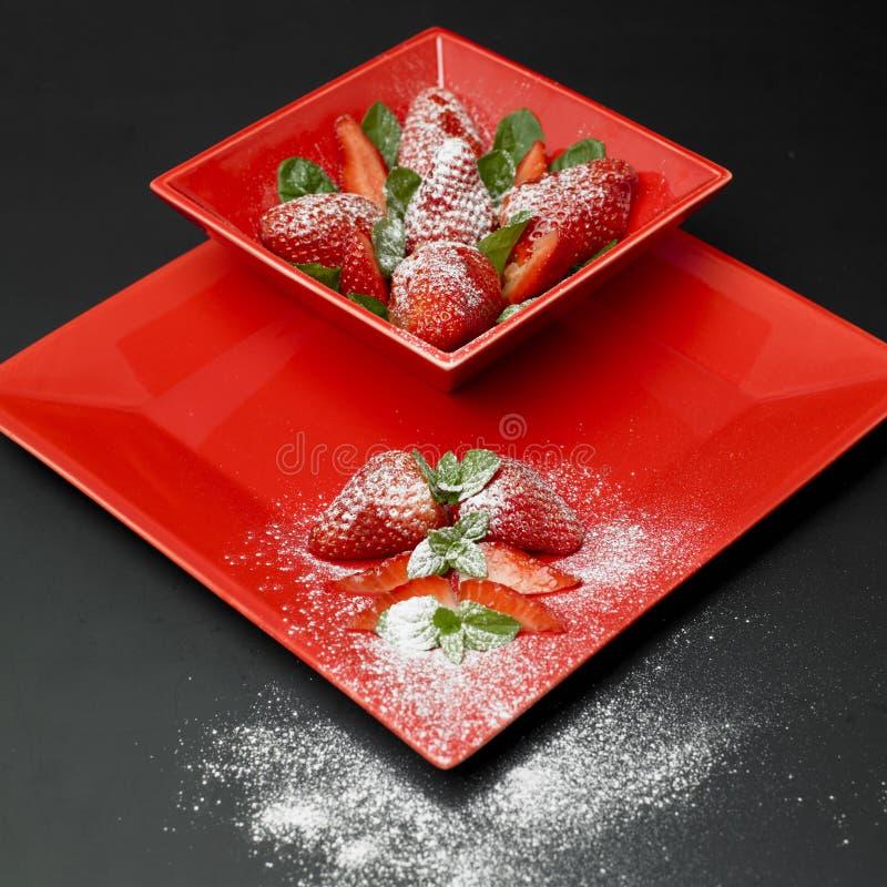 加糖的草莓 免版税库存图片