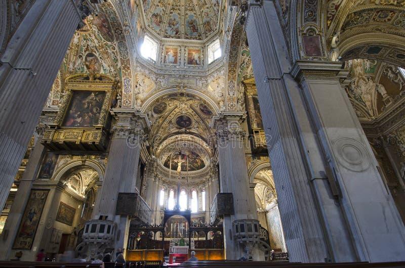 贝加莫大教堂里面圣玛丽少校 免版税图库摄影