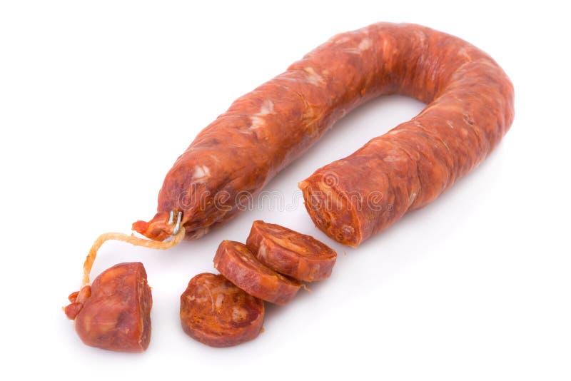 加调料的口利左香肠古西班牙人查出的白色 免版税库存照片