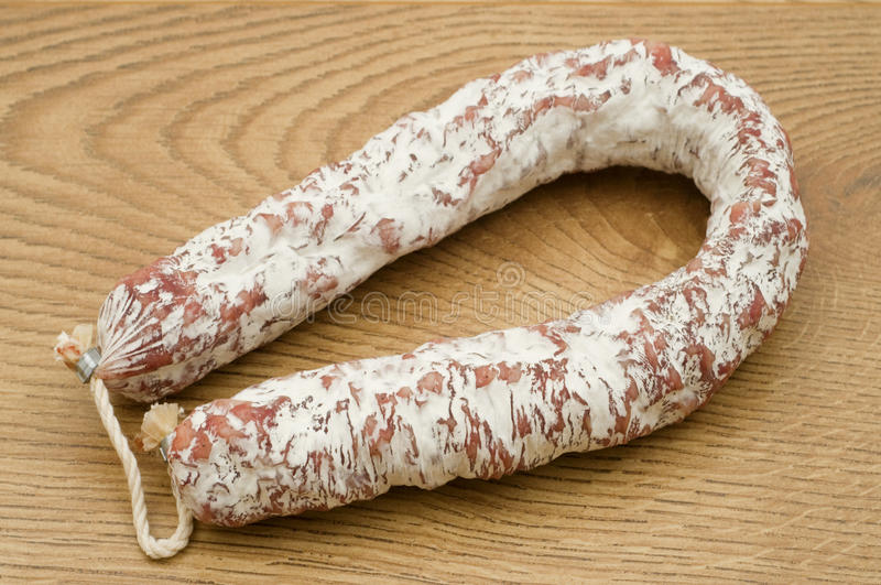 加调料的口利左香肠古西班牙人 库存图片