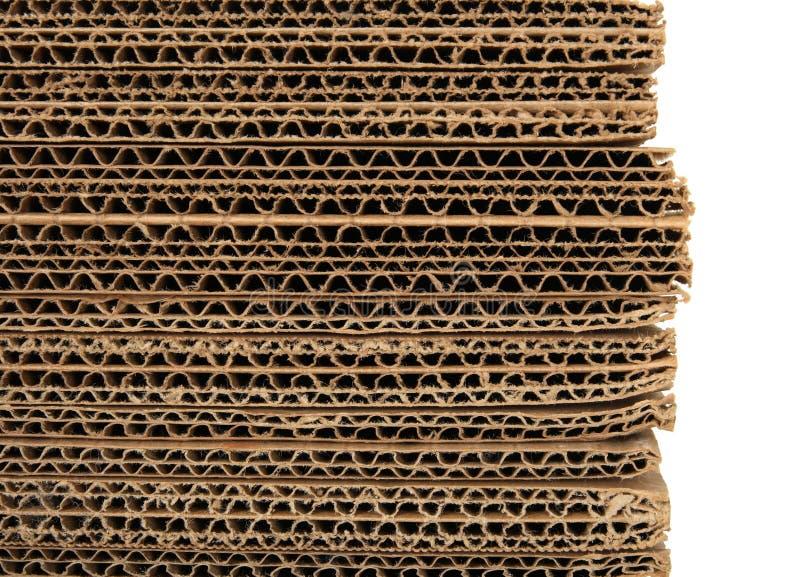 加起的纸板接近波纹状 免版税库存图片