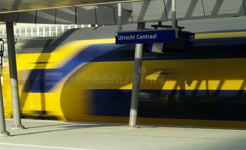 加速的火车  免版税库存照片