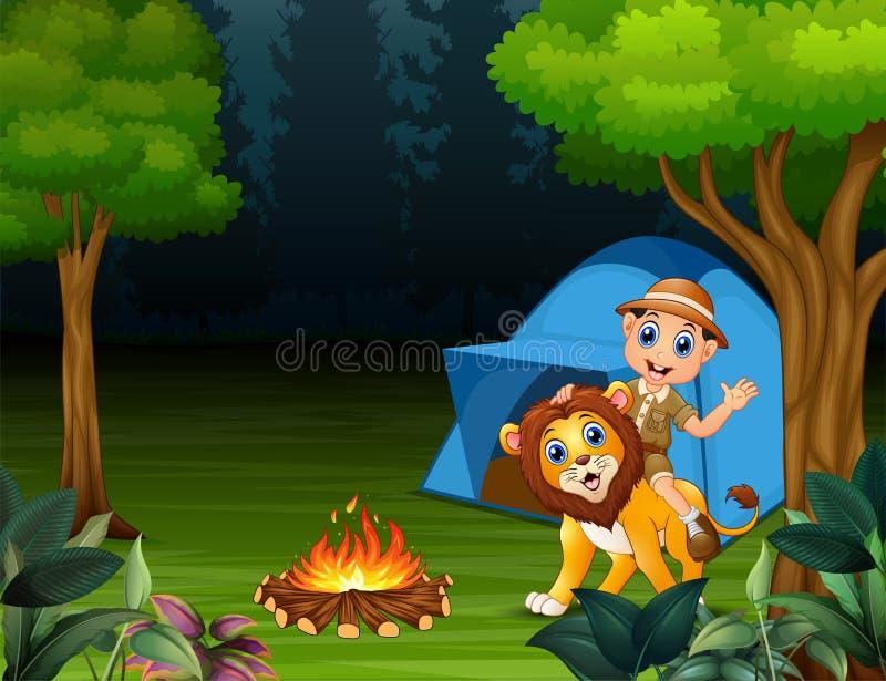 动物园管理员男孩和一头狮子在密林在晚上 皇族释放例证