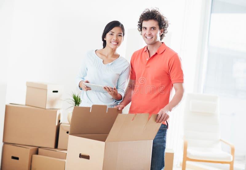 移动的夫妇  免版税库存图片