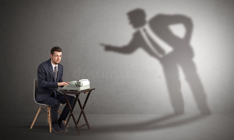 努力工作的人和阴影争论与他 图库摄影