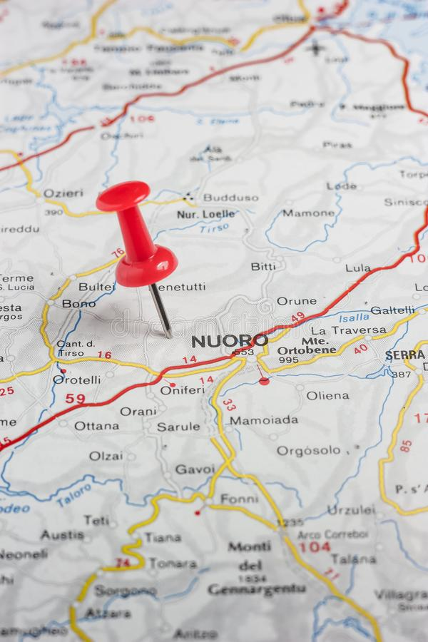 努奥罗在意大利的地图别住了 库存照片