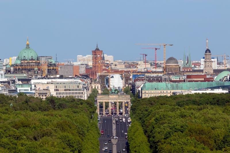 勃兰登堡门柏林视图 库存图片