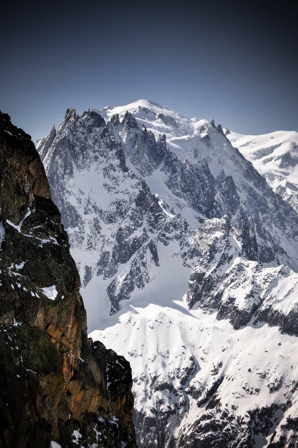 勃朗峰在法国阿尔卑斯 免版税库存图片