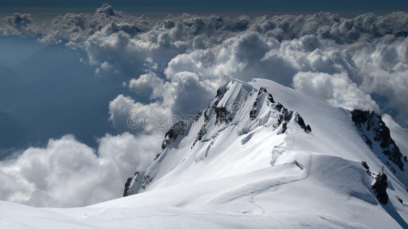 从勃朗峰的惊人的看法 免版税库存照片
