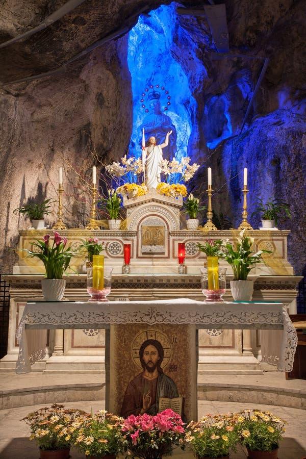 巴勒莫-复活的基督和百升雕象。玛丽 库存图片