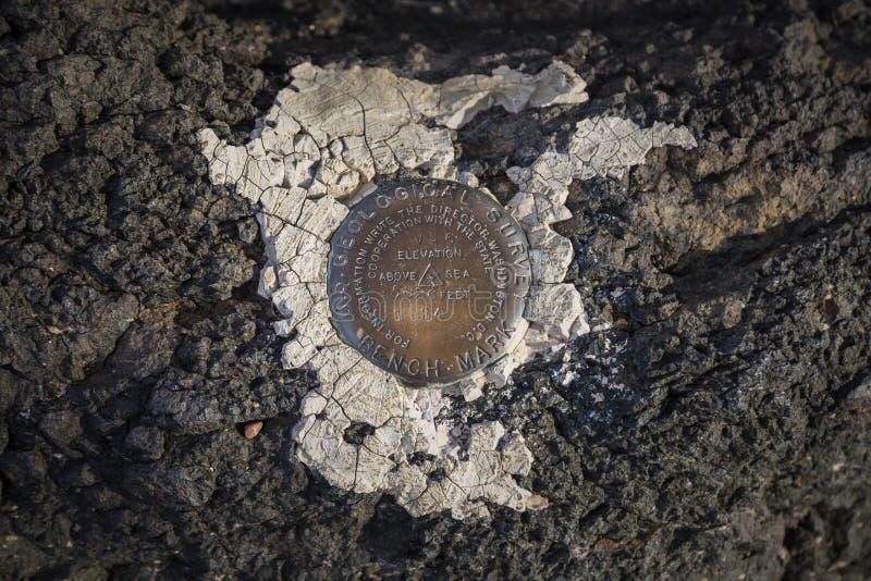 勘测标志在Histo附近的彩绘沙漠国家公园 免版税库存照片