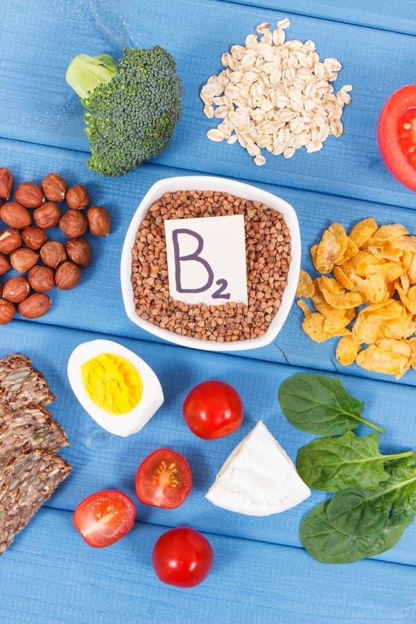 包含维生素B2和饮食纤维,健康营养概念的成份 图库摄影