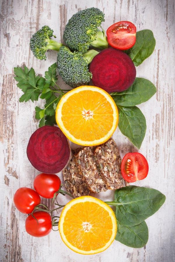 包含维生素B9和饮食纤维,健康营养的滋补产品 图库摄影