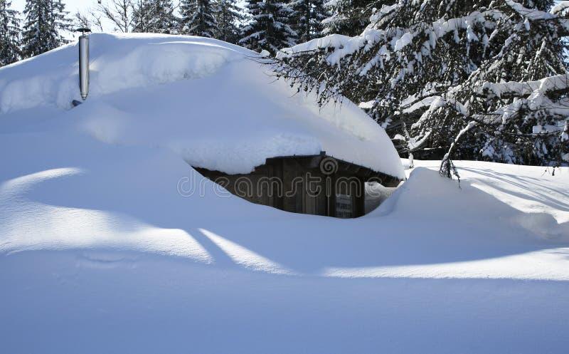 包括的新鲜的房子雪 库存图片