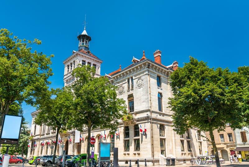 化学价城镇厅在法国 免版税库存图片