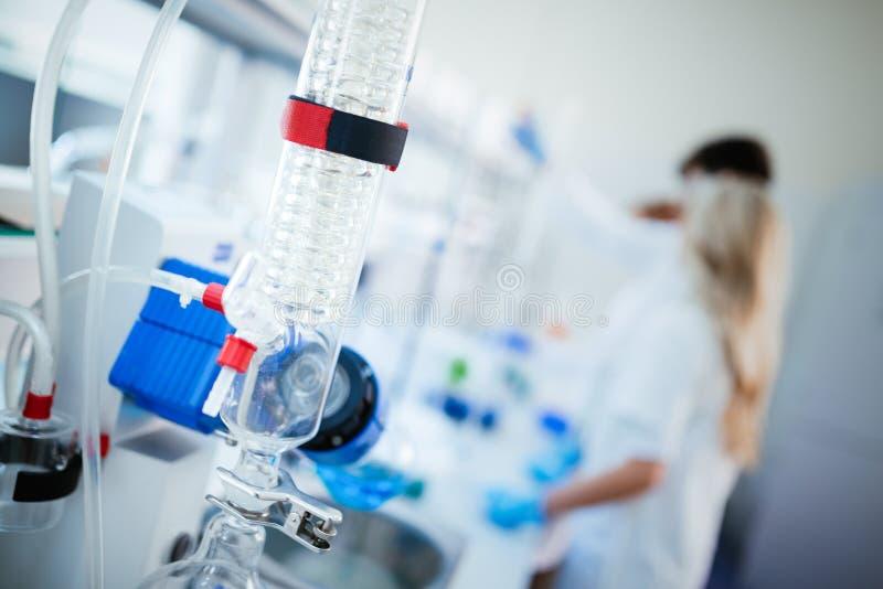 化学发展、医学、药房、生物、生化和研究技术 库存照片