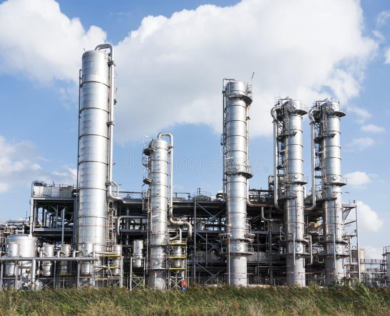 化工槽坊设备油汽油工厂 免版税库存图片