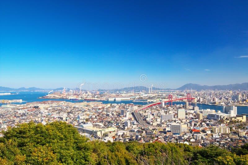 北九州市看法有Wakato桥梁的在北九州,日本 免版税库存图片
