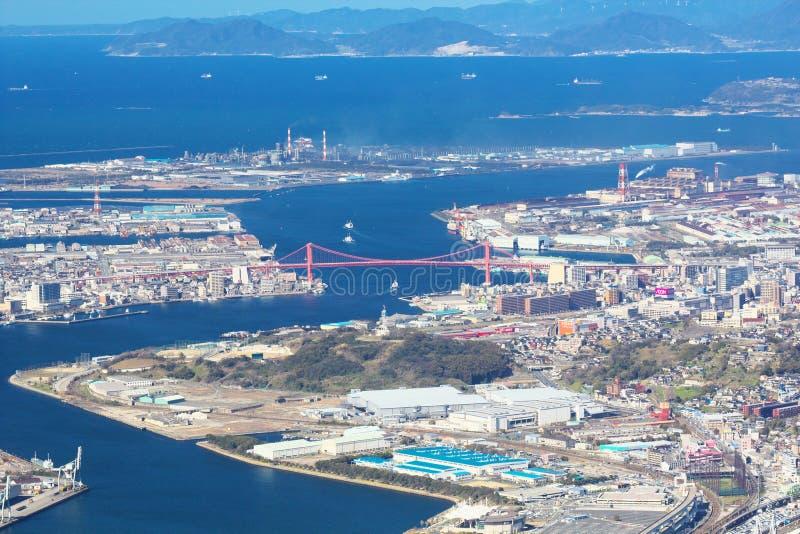 北九州市看法有Wakato桥梁的在北九州,日本 库存图片