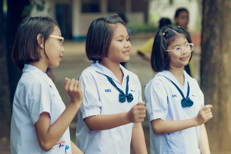 北碧泰国- 10月5日:未认出的学生和f 免版税库存照片