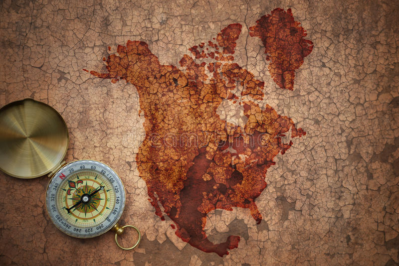 北美国的地图一张老葡萄酒裂缝纸的 库存图片