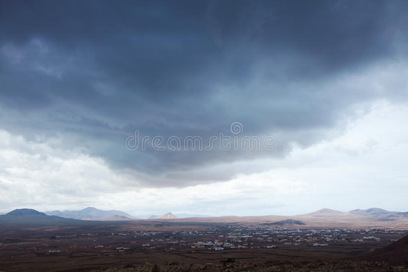 北费埃特文图拉岛,阴暗日 免版税库存图片