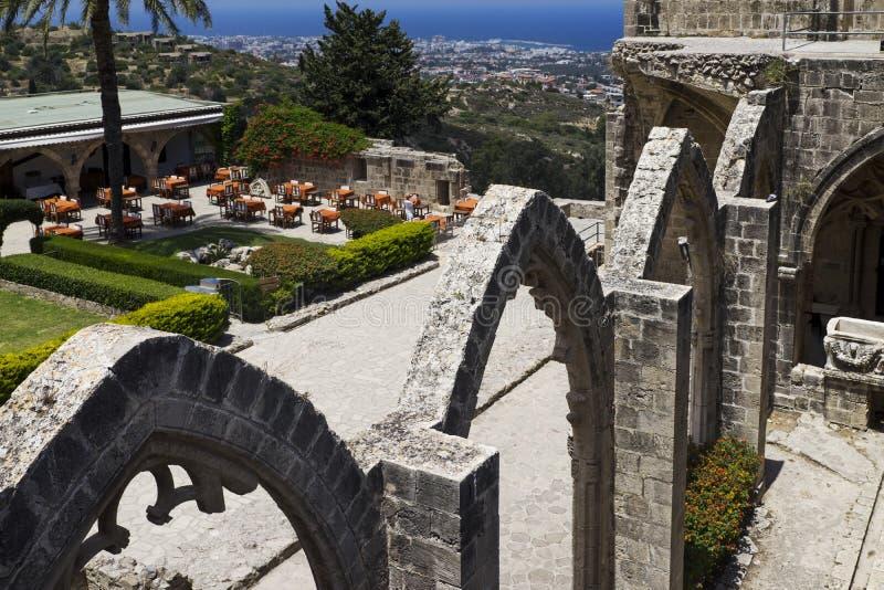 北赛普勒斯土耳其共和国Bellapais修道院 库存图片