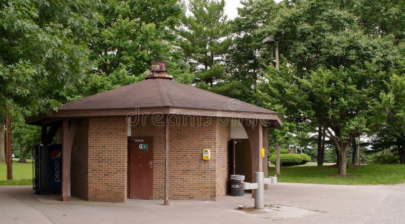 匹兹堡,宾夕法尼亚,美国6-19-2018 Schenley卵形体育复杂在Schenley公园 免版税库存图片