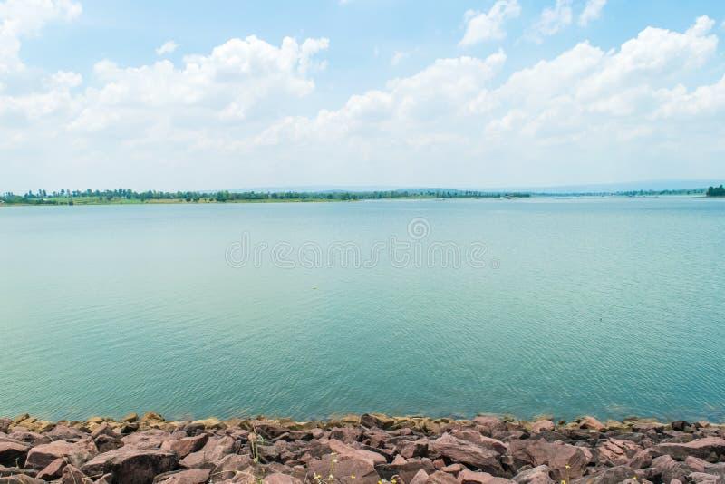 区吸引力水坝环境生计人来源游人 免版税库存照片