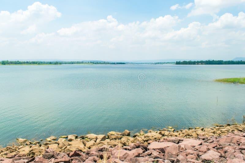 区吸引力水坝环境生计人来源游人 免版税库存图片