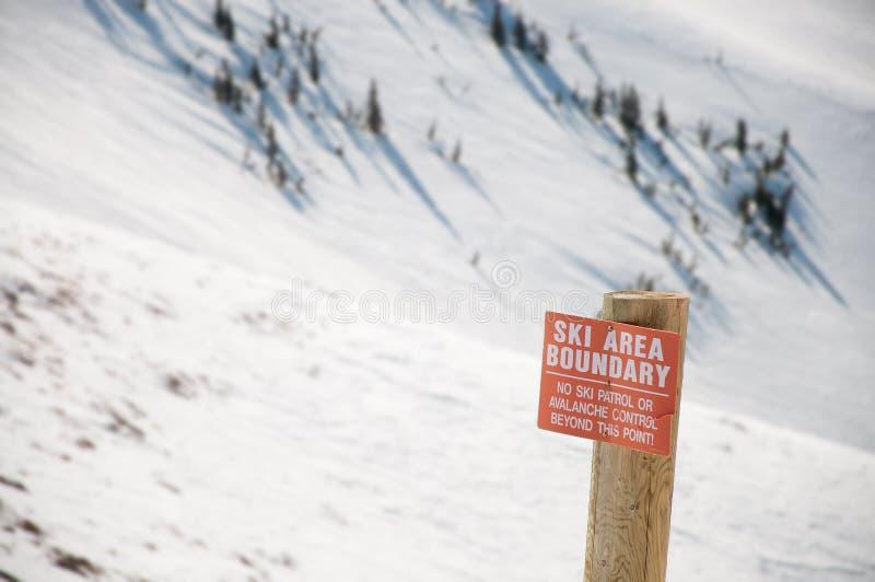 区域界限滑雪警告 库存图片