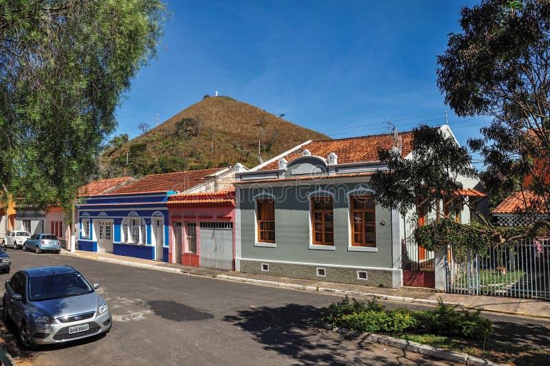 区域的典型的房子看法在Monte阿雷格里的做南水道 库存图片