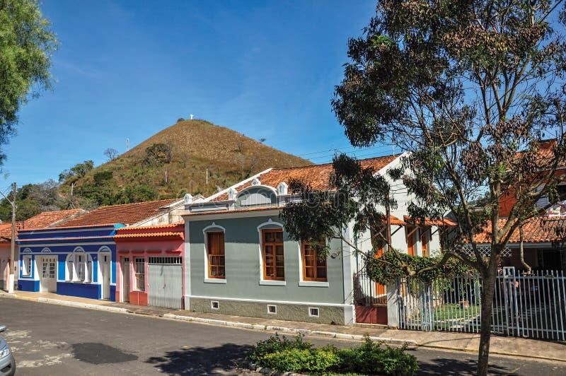 区域的典型的建筑学房子看法在Monte阿雷格里的做南水道 免版税图库摄影